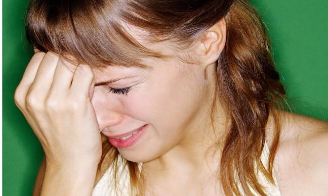 kobieta płacze