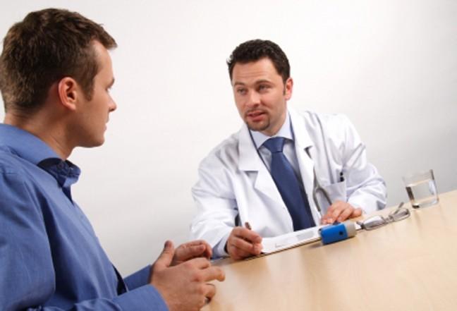 mezczyzna u lekarza
